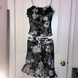 LAUNDRY Floral Camisole w/ matching skirt